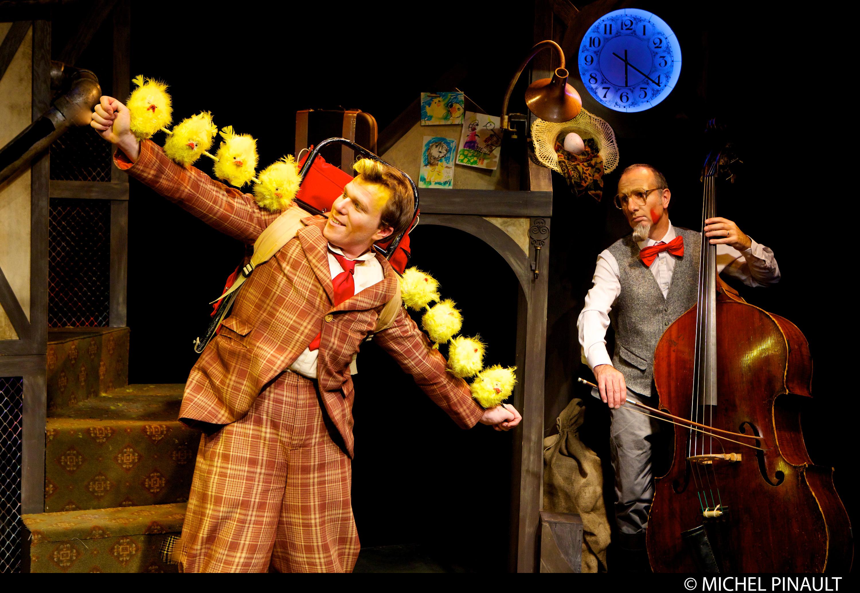 Papoul - Théâtre Bouches Décousues - photo: Michel Pinault
