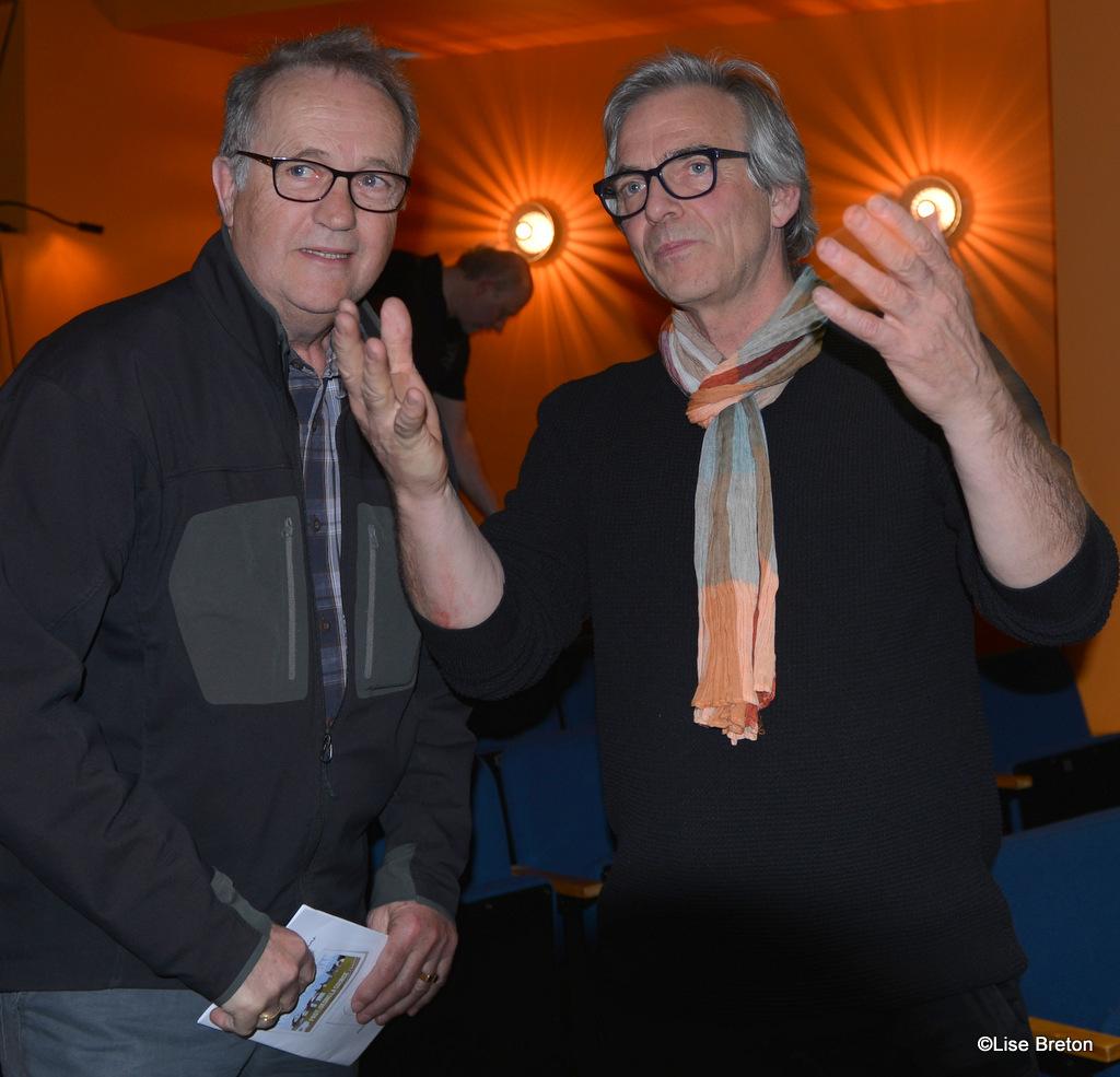 André Barrette  maire de la municipalité de Natashquan, et Bernard Roy