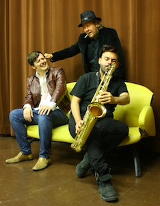 Benoît Lacombe (Ronny) , Joël Hamel-Hogue (Ti-Johnny) et Nick, the Saxe man
