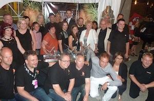 Le jury du concours 2016 à l'arrière avec les gagnants à l'avant
