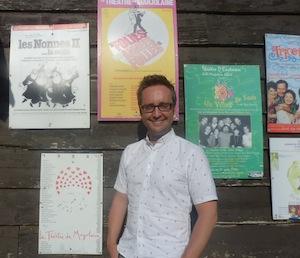 Olivier Loubry devant La Marjolaine, fier d'ajouter «Backstage» aux affiches des autres succès
