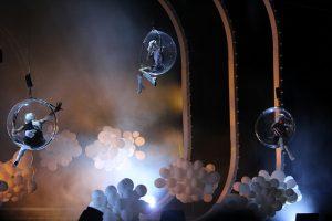 Cirque du Soleil Tout écartillé série hommage