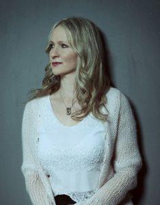 Adrienne Hauser, pianiste