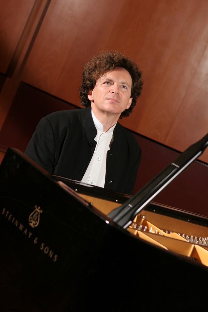 Le pianiste Mikhail Rudy