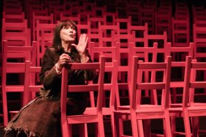 Les Chaises © Yves Renaud