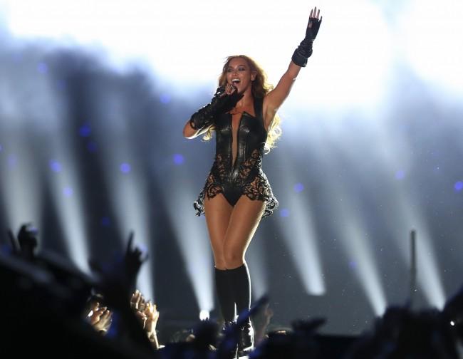 Beyonce spectacle de la mi-temps Superbowl