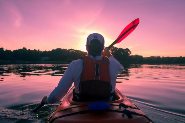 Faire une balade en canot ou en kayak