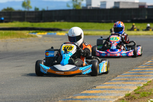 Faire une course de karts au Tag E-Karting