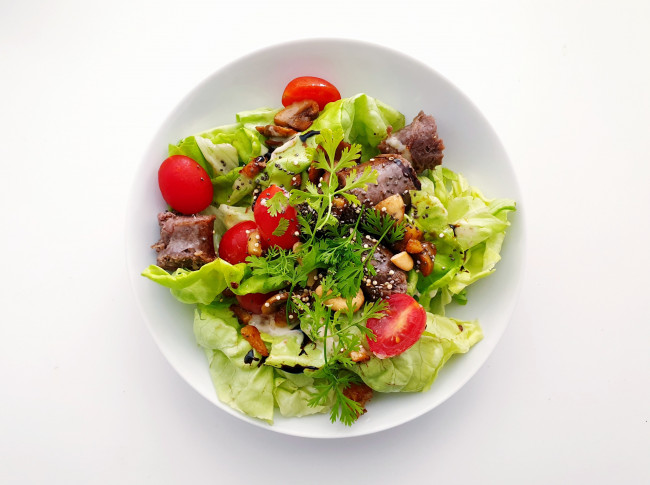 La salade « Big Mac » keto